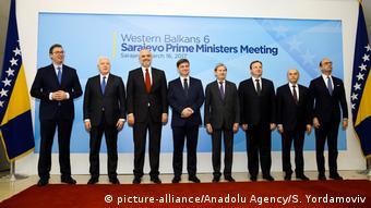 Westbalkan Gipfel in Sarajevo (picture-alliance/Anadolu Agency/S. Yordamoviv)