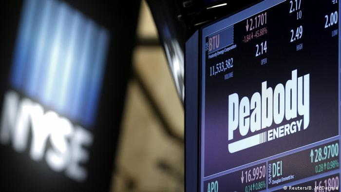 Logo Peabody Energy (Reuters/B. McDermid)