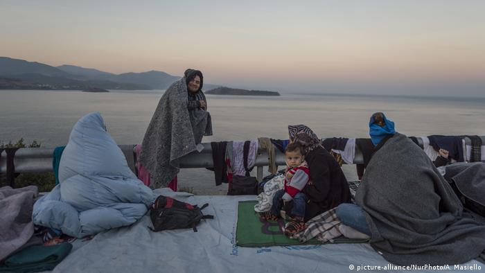 Mittelmeer - Flüchtlinge - Boot (picture-alliance/NurPhoto/A. Masiello)