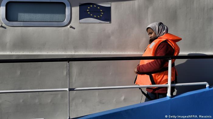 Mittelmeer - Flüchtlinge – Boot (Getty Images/AFP/A. Messinis)