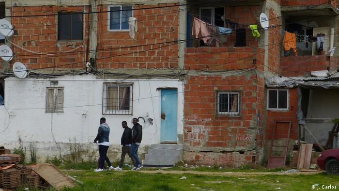 Portugal | Afrikaner in Lissabon | Bau unvollendet (J. Carlos)