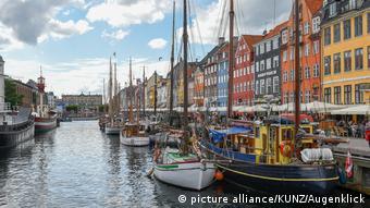 ...Κοπεγχάγη σε περίπου δύο ώρες