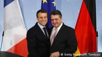 Deutschland Emmanuel Macron trifft Sigmar Gabriel in Berlin