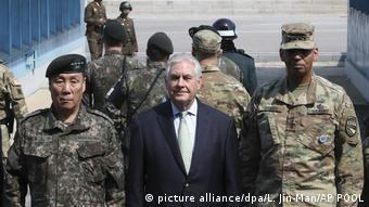 Südkorea Rex Tillerson in Korea - an der Grenze (picture alliance/dpa/L. Jin-Man/AP POOL)