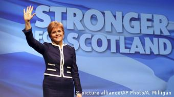 Schottland Brexit Nicola Sturgeon (picture alliance/AP Photo/A. Milligan)