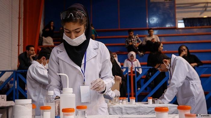 محققان بسیاری در دورههای مختلف آموزشی برای ادامه تحصیل به خارج رفتهاند، ولی شمار کمی از آنها بازگشتهاند