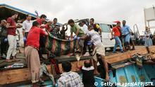 Jemen | Kampfhubschrauber tötet offenbar Dutzende Flüchtlinge (Getty Images/AFP/STR)
