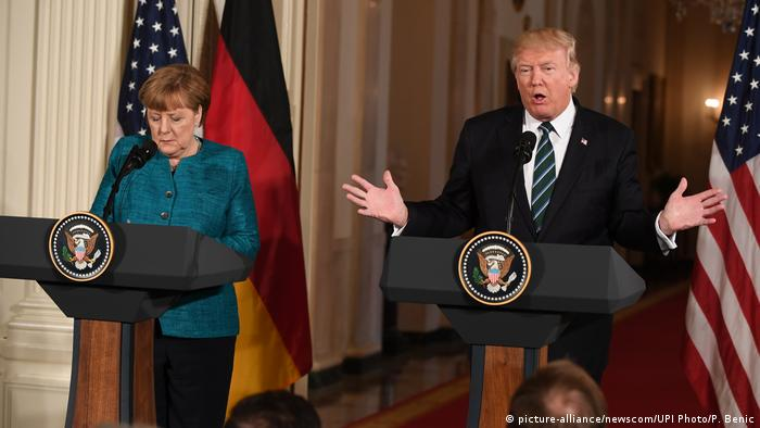 USA - Donald Trump trifft Angela Merkel (picture-alliance/newscom/UPI Photo/P. Benic)