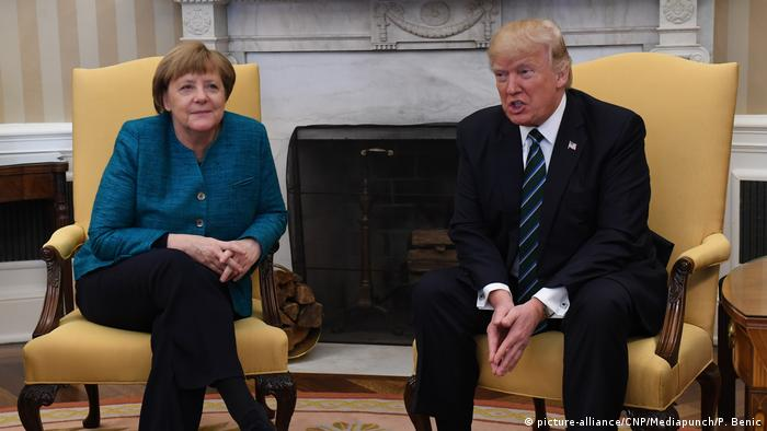 USA - Donald Trump trifft Angela Merkel (picture-alliance/CNP/Mediapunch/P. Benic)