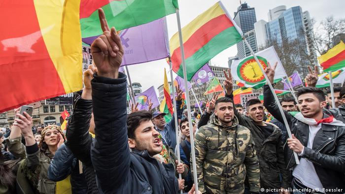 Frankfurt'ta 18 Mart'ta düzenlenen Nevruz etkinliği ile ilgili soruşturmalar sürüyor.