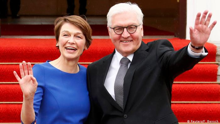 Франк-Вальтер Штайнмайер с женой Эльке Бюденбендер