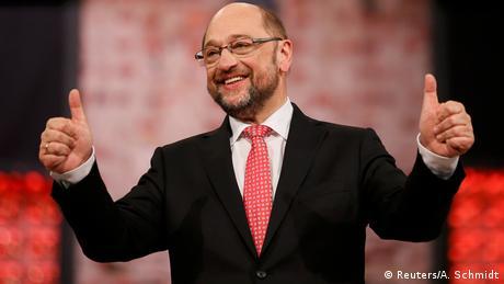 """DW: Παμψηφεί Σουλτς στο """"τιμόνι"""" του SPD"""