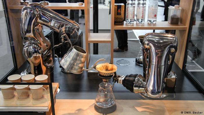 Deutschland Cebit in Hannover - Kaffee-Roboter