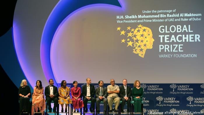 Global Teacher Prize Dubai (picture alliance/AP Photo/K.Jebreili)
