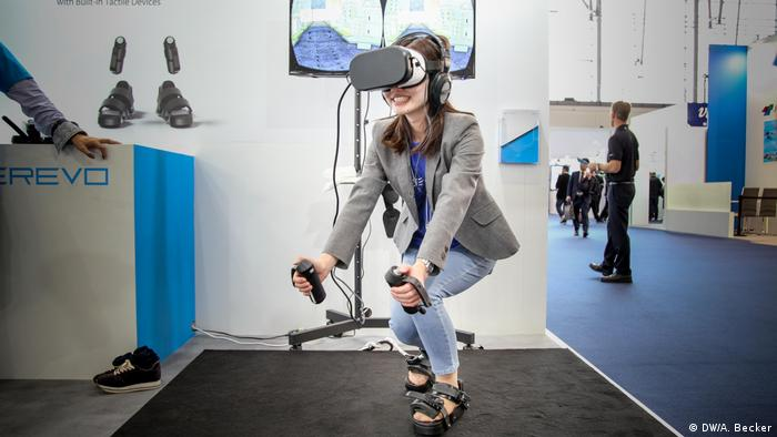 Cebit 2017 – Virtual Reality (DW/A. Becker)
