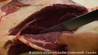 Brazilian meat cuts (picture-alliance/Estadao Conteudo/N. Caardin)