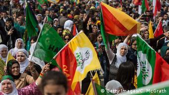 Türkei Kurden feierrn Nouruz Neujahrsfest in Istanbul (Getty Images/C. McGrath)
