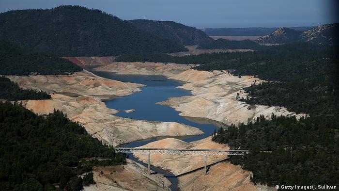 Dürre in Lake Oroville in Kalifornien, USA