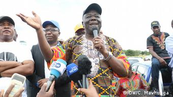 Morgan Tsvangirai speaks to MDC supporters in Zimbabwe