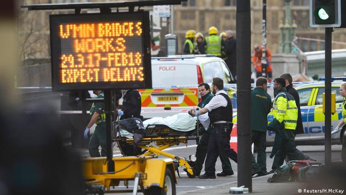 Ответственность затеракт встолице Англии взяло насебя ИГИЛ, личность нападавшего установлена