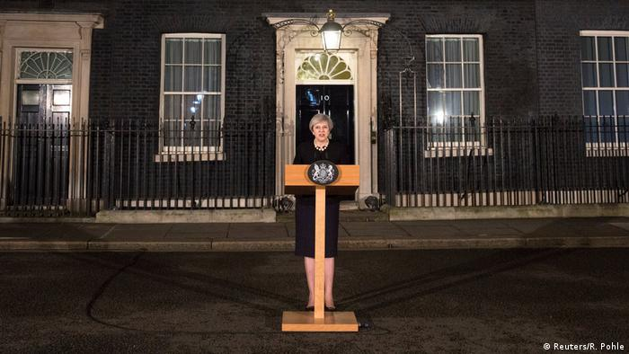 Großbritannien Theresa May Downing Street in London (Reuters/R. Pohle)