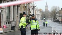 Großbritannien Terroranschlag in London | Whitehall, Polizei am Tag danach