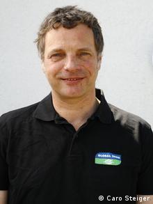 Initiative Global2000, Biochemiker Helmut Burtscher