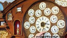 Symbolbild Zeitumstellung der Weltzeituhr