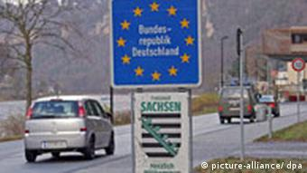 A border crossing from the Czech Republic to the German state of Saxony