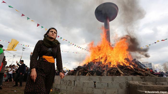 Una celebración del nuevo año kurdo en Turquía