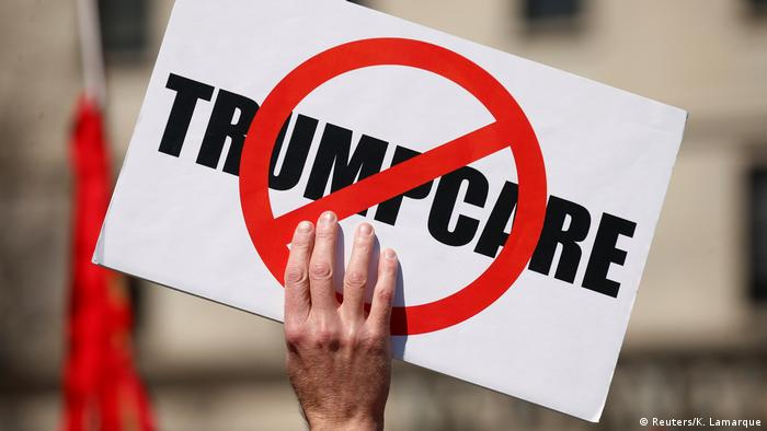 USA Proteste gegen Trumps Gesundheitsreform (Reuters/K. Lamarque)