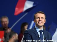 Макрон може посісти перше місце у першому турі виборів у Франції