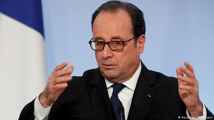 Frankreich Francois Hollande in Paris (Reuters/C. Hartmann)