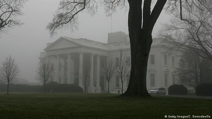 Washington Weißes Haus im Nebel (Getty Images/C. Somodevilla)