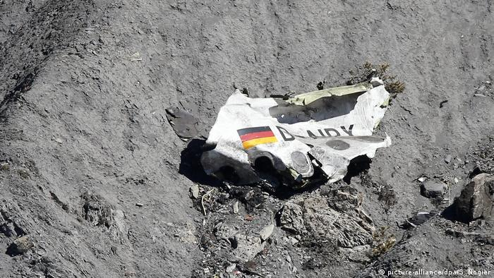 Jahrestag Germanwings-Absturz (picture-alliance/dpa/S. Nogier)