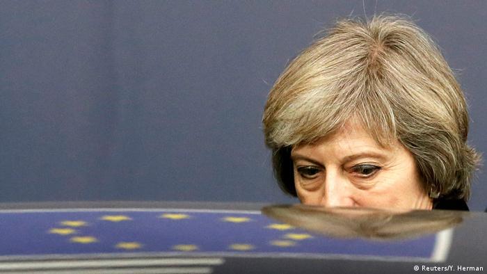 Großbritannien Belgien Theresa May verlässt den EU Gipfel in Brussels (Reuters/Y. Herman)