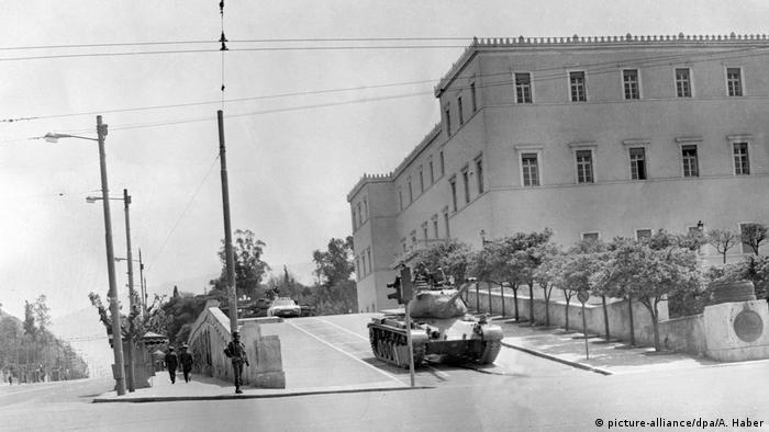 Militärputsch in Griechenland 1967 (picture-alliance/dpa/A. Haber)