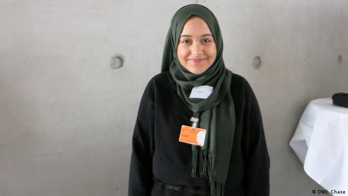 Junge Islam-Konferenz, Teilnehmer | Aya Mansouri (DW/J. Chase)
