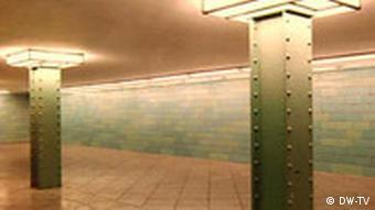 22.11.2008 DW-TV Kultur.21 Going underground: Götz Diergarten 2