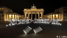 Künstler - Said Dokins - Lichtgraffities vo Brandenburger Tor