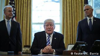 USA Washington Präsident Trump nach der zurückgezogenen Gesundheitsreform