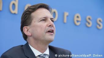 Steffen Seibert (picture-alliance/dpa/P. Zinken)