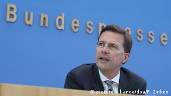 Steffen Seibert (picture-alliance/dpa/P. Zinken)