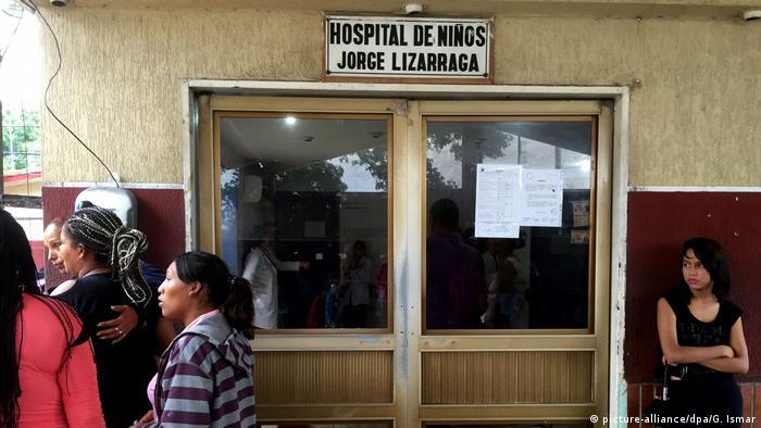 Venezuela Versorgungskrise Krankenhaus (picture-alliance/dpa/G. Ismar)