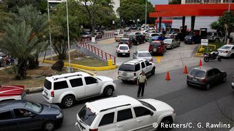 La escasez de combustible se hace sentir en Venezuela.
