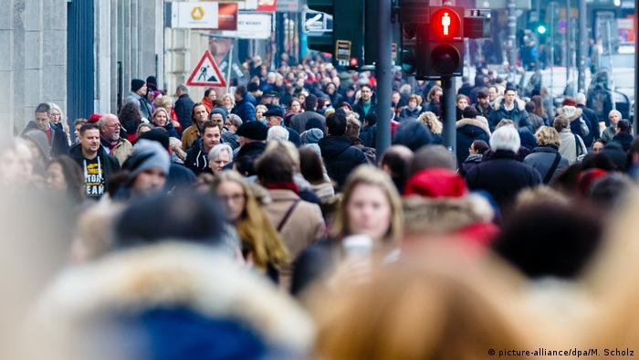 Населення Німеччини (фотоілюстрація)