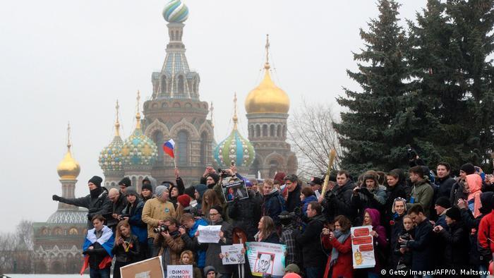 Русские защитники прав человека сообщили, что задержанных впроцессе митингов 26марта пытают