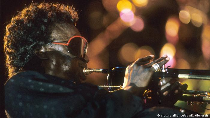 Miles Davis (picture-alliance/dpa/D. Obertreis)