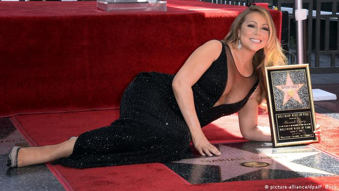 USA Mariah Carey bekommt Sterne beim Hollywood Walk of Fame (picture-alliance/dpa/P. Buck)
