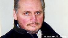 ARCHIV 2004*****epa03698973 (FILE) File picture dated 03 March 2004 of convicted Venezuelan terrorist Ilich Ramirez Sanchez, known as Carlos the Jackal. The self-styled revolutionary who was once one of the world's most wanted terrorists, returned to court in France 13 May to appeal his life sentence for a series of bombings in the 1980s. The 63-year-old Venezuelan, whose real name is Ilich Ramirez Sanchez, was handed a second life sentence in 2011 for four bomb attacks in 1982 and 1983 that killed 11 people and injured over a hundred others. He denied any role in the attacks. The court appointed three public defenders to his case, but refused his request for a postponement. The appeal is set to proceed until late June. EPA/STR EDITORIAL USE ONLY |
